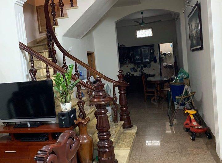Bán nhà 4 tầng phân lô Văn Cao, Ba Đình, diện tích 65m2, mặt tiền 3,5m giá 7,2 tỷ